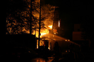 3840127020_725c8721ae_fire-damage[1]